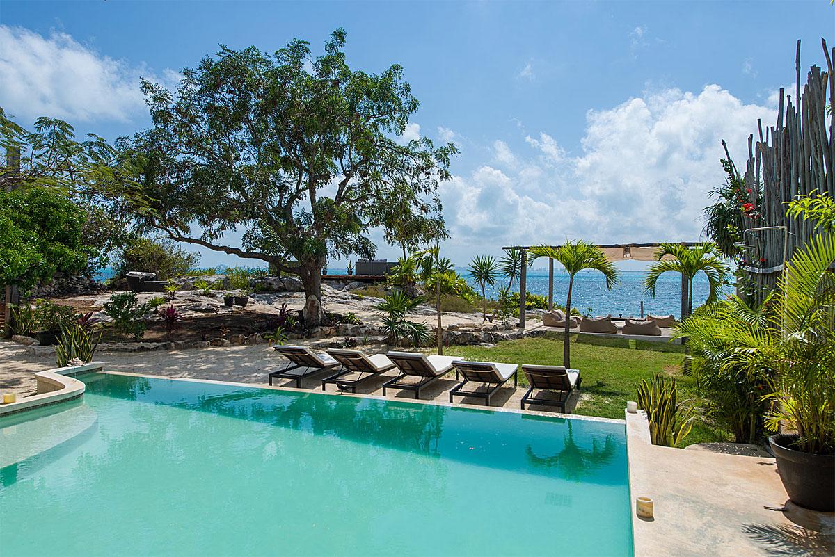 Casa Coco Resort